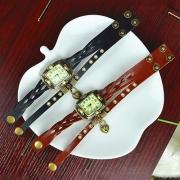 Retro Gevlochten Lederen Hartjeshanger Horloge