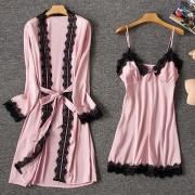 Sexy Tweedelige Nachtkledingset met Kanten Design bestaande uit Nachthemd + Badjas