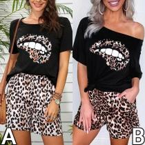 Sexy Tweedelig Set met Luipaardpatroon bestaand uit een T-shirt met Schuine Schouders en Korte Mouwen en + Shorts