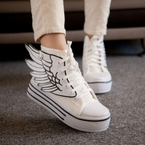 Stylish Contrast Color Angle's Wing Canvas Sneaker Shoes