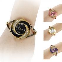 Mode Steel Draad Horloge Band Bergkristal Wijzer Kwarts Horloges