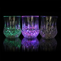 Moderne Kleurrijke Drinkbekers met LED
