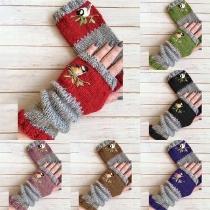 Modern Vingerloze Handschoenen met Contrasterende Kleuren en Borduursel