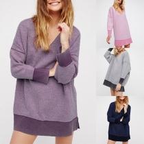 Moderne Sweater met Contrasterende Kleuren Lange Mouwen en V-hals