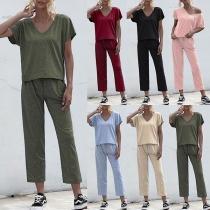 Modern Tweedelig Set bestaand uit een T-shirt met V-hals en Korte Mouwen + Broek