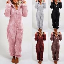 Moderne Pyjama Jumpsuit met Effen Kleur Lange Mouwen en Capuchon