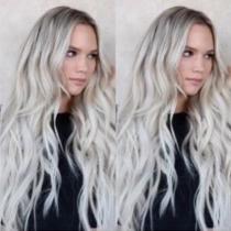 Moderne Pruik met Kleurverloop en Lang Golvend Haar