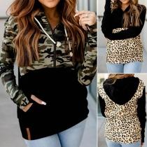 Moderne Hoodie met een Mix van Camouflage- / Luipaardpatroon
