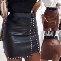 Moderne Kunstlederrok met Hoge Taille Slanke Pasvorm en Nietjes