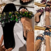Moderne Slippers met Platte Zolen Ronde Neus en Vlinderdesign