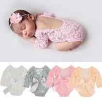 Leuke Set voor Baby's bestaande uit een Rompertje met Vrije Rug Lange Mouwen + Bloemenhoofdband