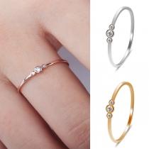 Eenvoudige Ring van Aluminium met Ingelegd Strass