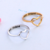 Eenvoudige Ring met Hartvormig Ontwerp