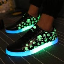 Modern Lichtgevende Sneakers met Doodshoofdpatroon en Platte Hakken en Veters