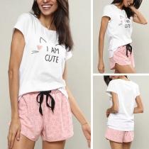 Leuk Tweedelige Set bestaand uit een T-shirt met Cartoonmotief Korte Mouwen + Shorts