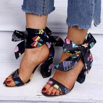 Modern Schoenen met Dikke Hoge Hakken Open Neuzen Kleurrijk Patroon en Strikjes