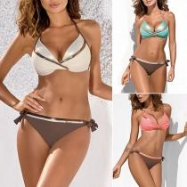 Sexy Bikiniset met Dragers Lage Taille en Contrasterende Kleuren