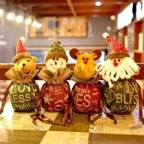 Schattige Kleine Kerstzakjes voor Snoep in 3D Poppenvorm