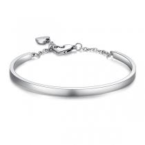Modieuze Zilverkleurige Armband met Hartjeshanger