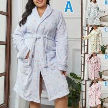 Moderne Badjas van Pluche met Lange Mouwen en Chic Patroon