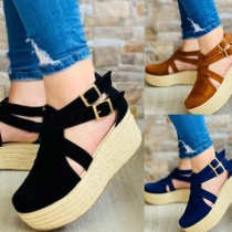 Moderne Sandalen met Dikke Zolen en Ronde Neus