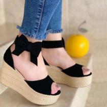Moderne Open Schoenen met Dikke Zolen Sleehakken Open Tenen en Srikjes