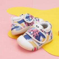Peuterschoenen met zachte zolen voor baby's die niet gemakkelijk vallen
